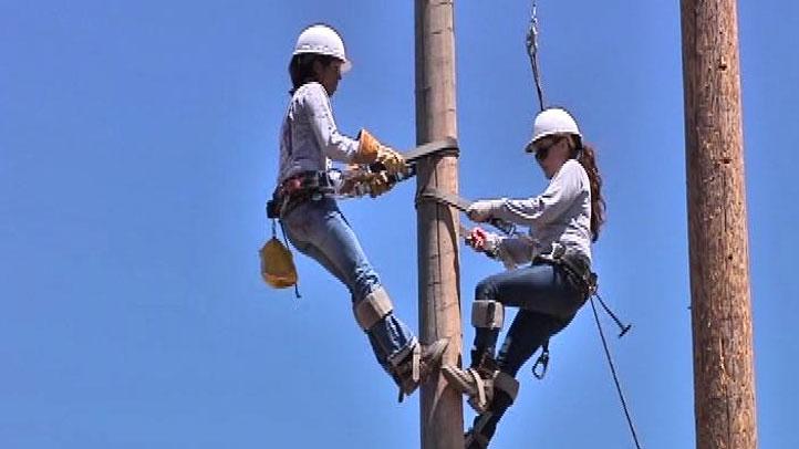 power-line-worker-women