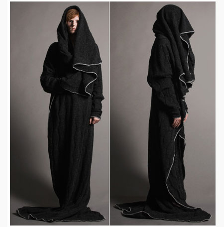 [BLACK] snuggiehighfashion.jpg