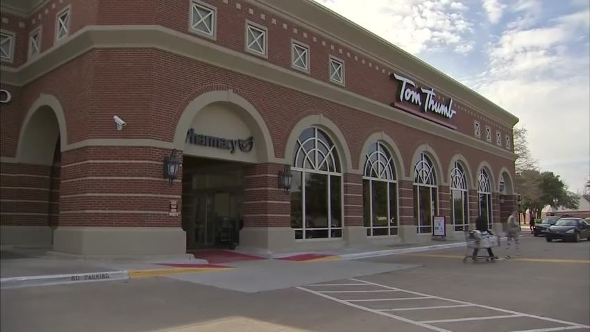 tom thumb grocery store dallas