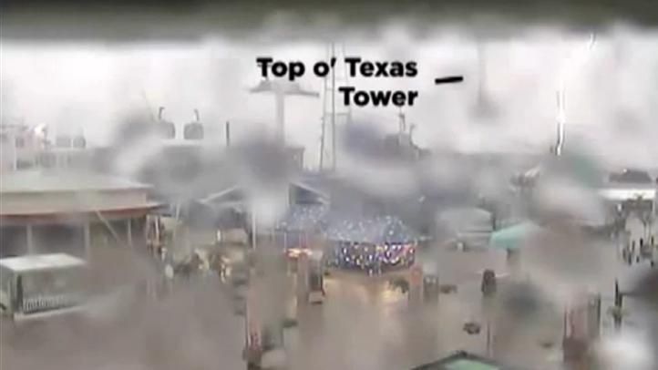 top-o-texas-tower-lightning