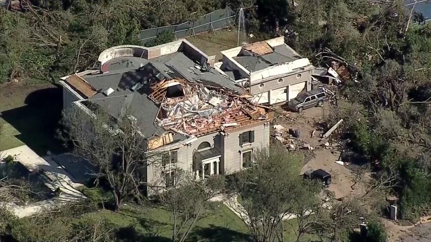 tornado-damage-20191020-dallas-near-tjhs-14