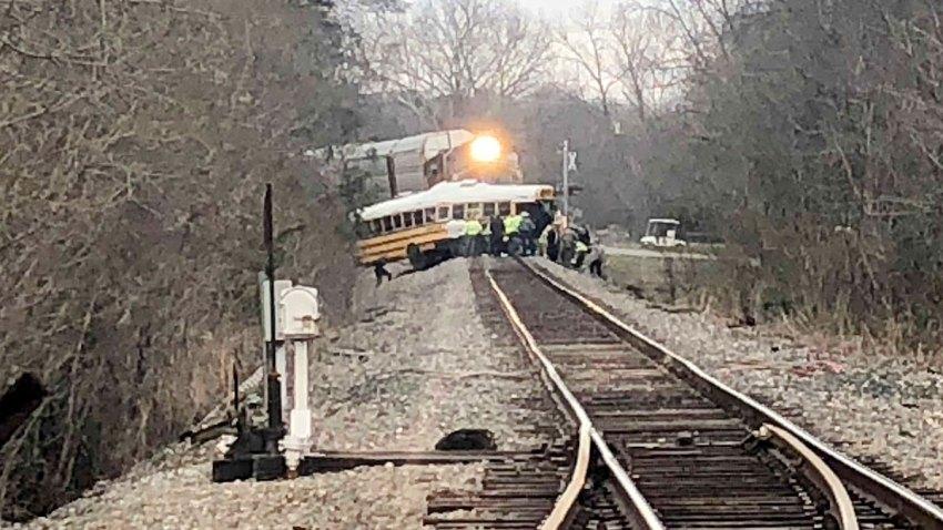 4-26-2018-big-rig-crash-210-freeway-gold-line-1