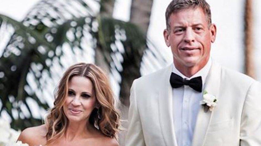 Hall of Fame Quarterback Troy Aikman Marries Fiancé