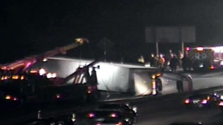 truck-crash-12212011-722