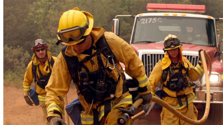wildfire-firefighters-gener