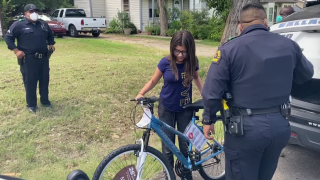 DPD Gives Bike to Girl