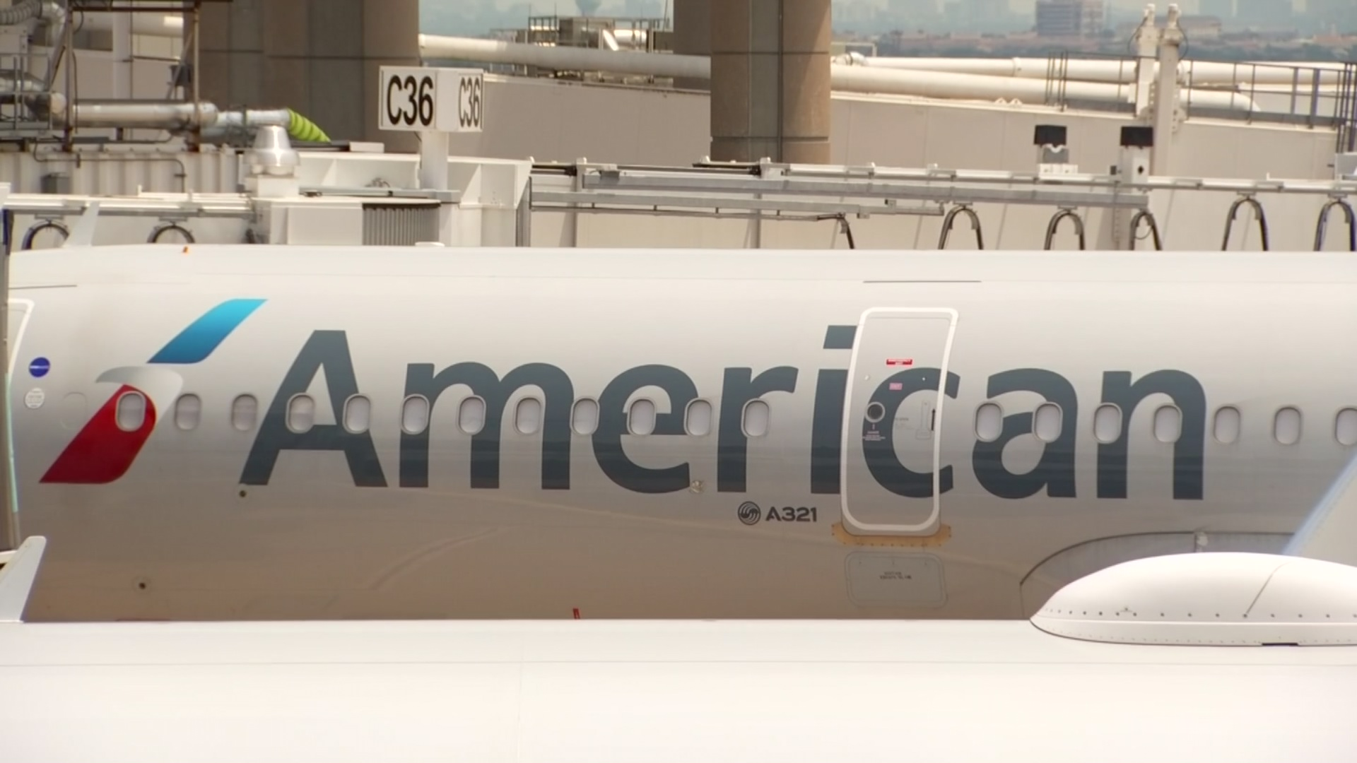 nbcdfw.com - Airline Industry Braces for Wave of Layoffs