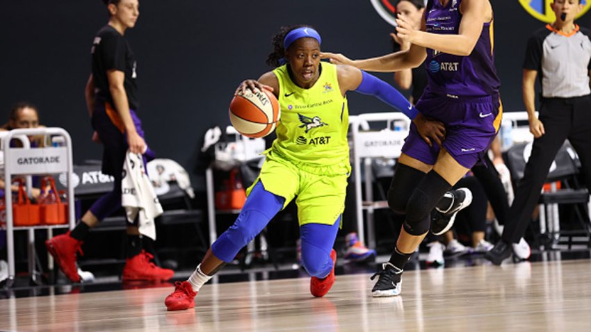 Arike Ogunbowale #24 of the Dallas Wings handles the ball against the Phoenix Mercury on Aug. 16, 2020 at Feld Entertainment Center in Palmetto, Florida.