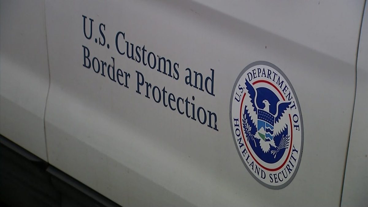 Border Patrol Agents Arrest 60 Undocumented Immigrants at Texas Hotel, Disrupt 4 Smuggling Events