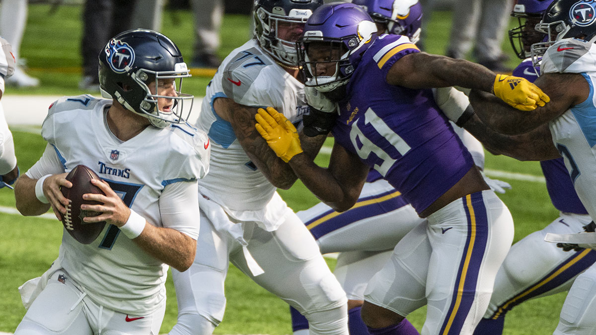 Titans, Vikings Suspend Team Activities After Several Positive COVID-19 Tests