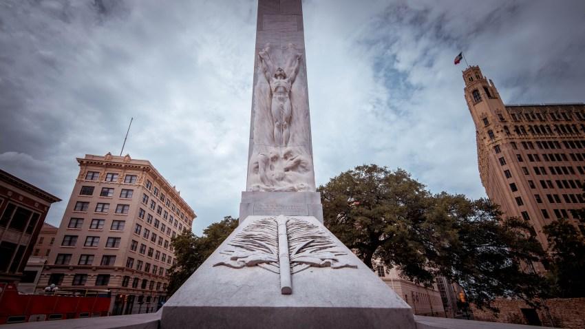 Alamo Cenotaph in downtown San Antonio, Texas