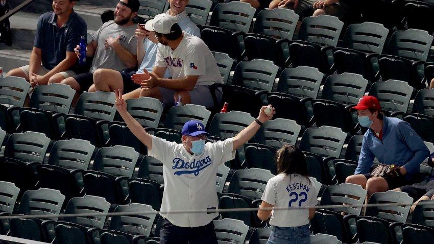 League Championship - Atlanta Braves v Los Angeles Dodgers - Game One