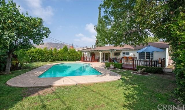 A backyard view of the West Hills house used for the 1982 film 'Fast Times at Ridgemont High