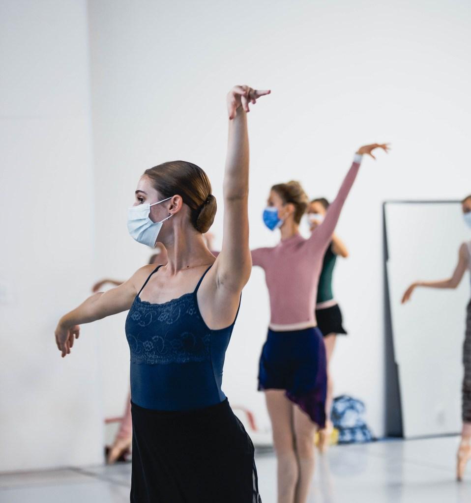 Avant Chamber Ballet 2020-2021 season premiere rehearsal