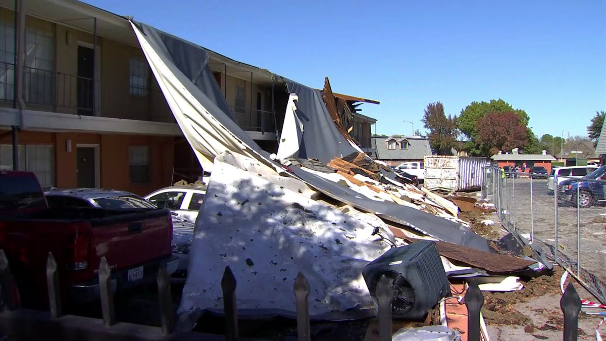 'In a Way, God Was There,' Family Rescued After Awning Collapses on Car During Tornado