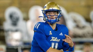 Tulsa Golden Hurricane quarterback Zach Smith (11) passes during the first half against the Southern Methodist Mustangs at H.A Chapman Stadium in Tulsa, Oklahoma.
