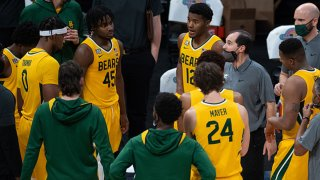 Baylor Bears head coach Scott Drew huddles the team on the sidelines during the men's Jimmy V Classic college basketball game between the Baylor Bears and Illinois Fighting Illini on December 2, 2020, at Bankers Life Fieldhouse in Indianapolis, Indiana.