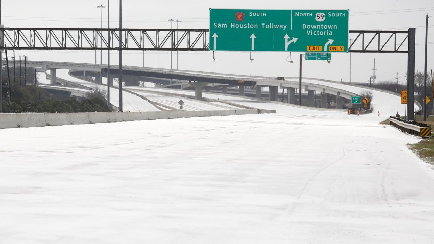 Picture of highway with snow