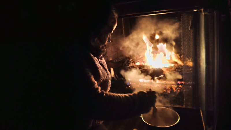 North Texans Get Creative and Stay Warm Amidst Power Outages and Brutal Cold