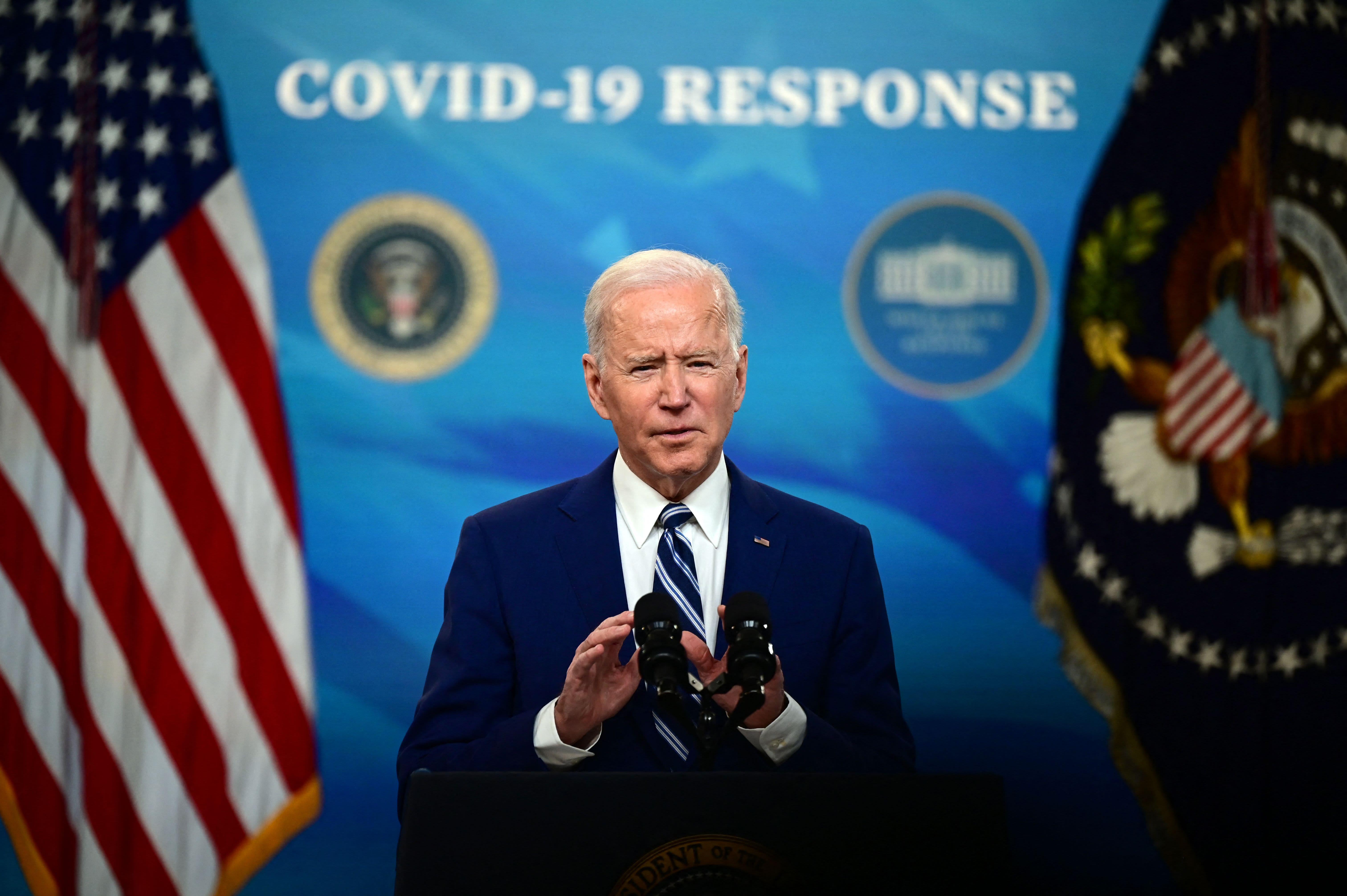 Biden Says Pause on J&J Shots Shows Gov't Putting Safety 1st