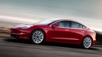Uber Will Offer Up to 50,000 Teslas to Its Drivers Through Hertz Rental Deal