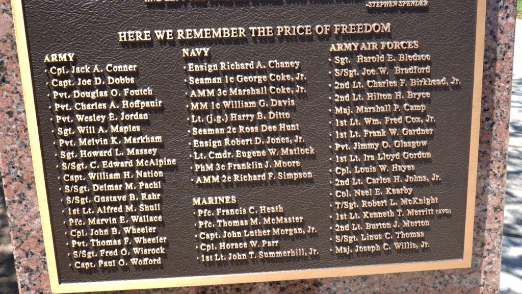 arlington WWII memorial