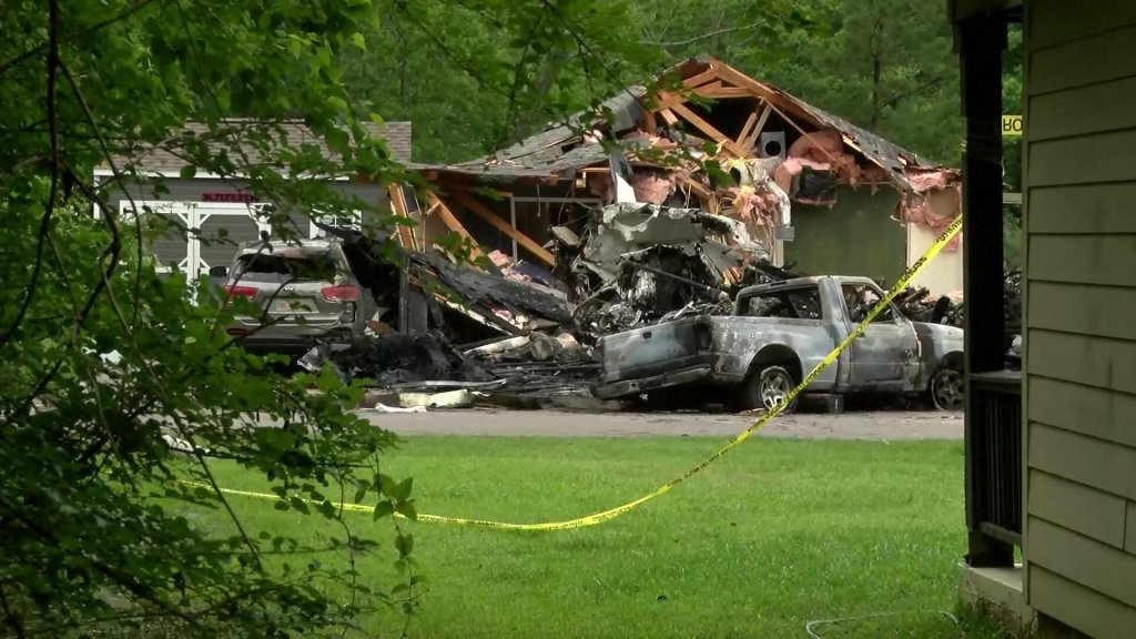 hattiesburg crash