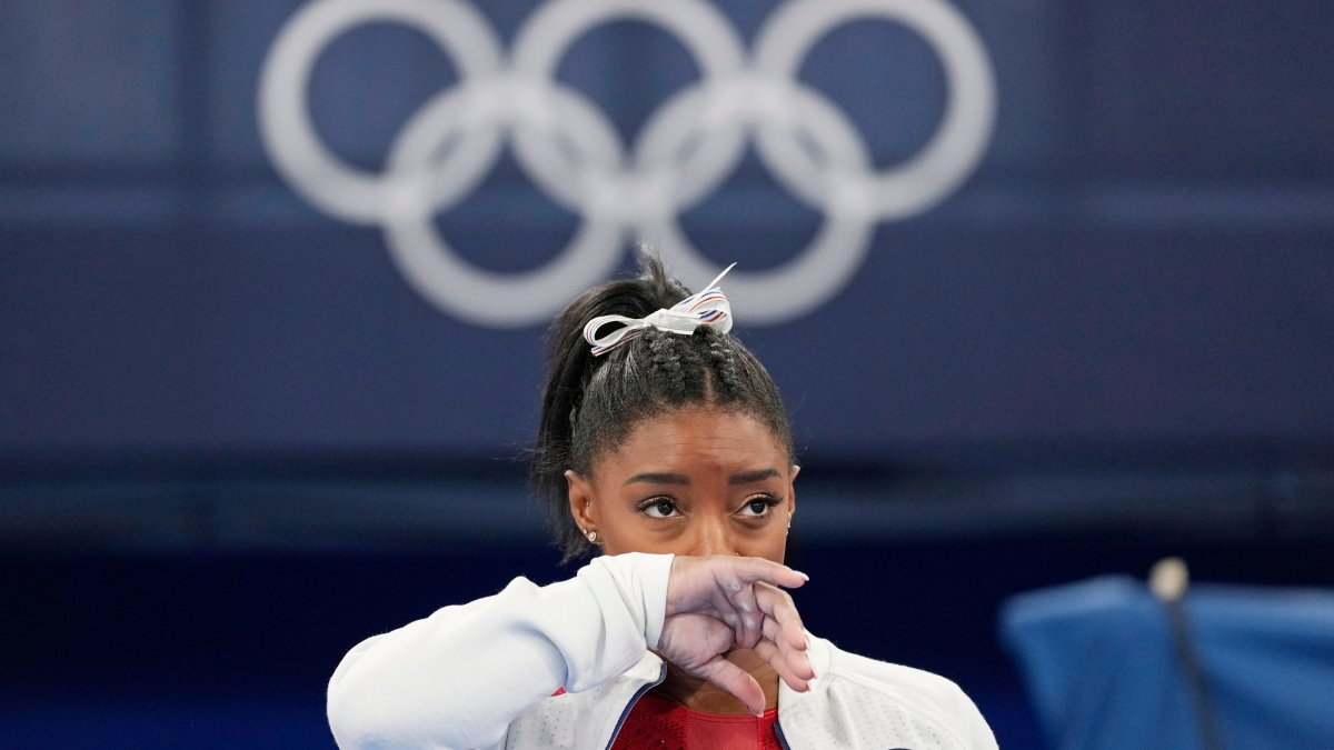 Simone Biles Withdraws From Floor Exercise Event Final