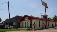 After 66 Years, Mac's Bar-B-Que Is Closing in Dallas