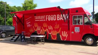 A new Tarrant Area Food Bank program is aimed at meeting people in need. Noelle Walker reports on the RED Bus helping people experiencing food insecurity.