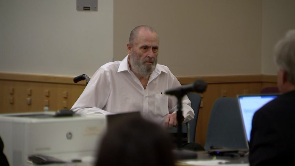 Glen Samuel McCurley enters the courtroom of his capital murder trial on Friday, Aug. 20, 2021.