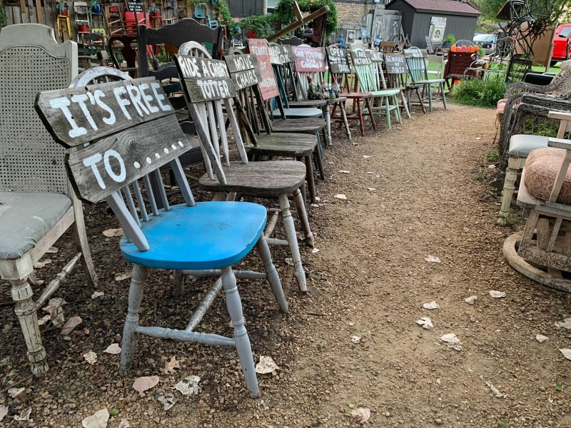 'Chairy Park' in Denton Brings Whimsical Charm to Neighborhood