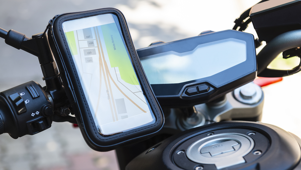 Apple Warns Motorcycle Engine Vibrations Can Harm iPhone Camera