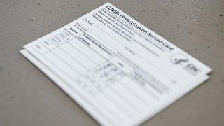 Tarjeta de vacunación contra el COVID-19