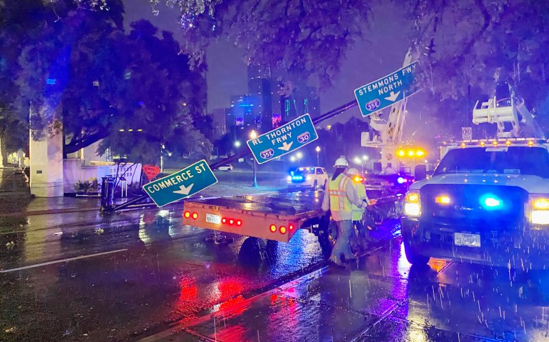 Photos: Early Morning Storms Bring Heavy Rain, Strong Winds