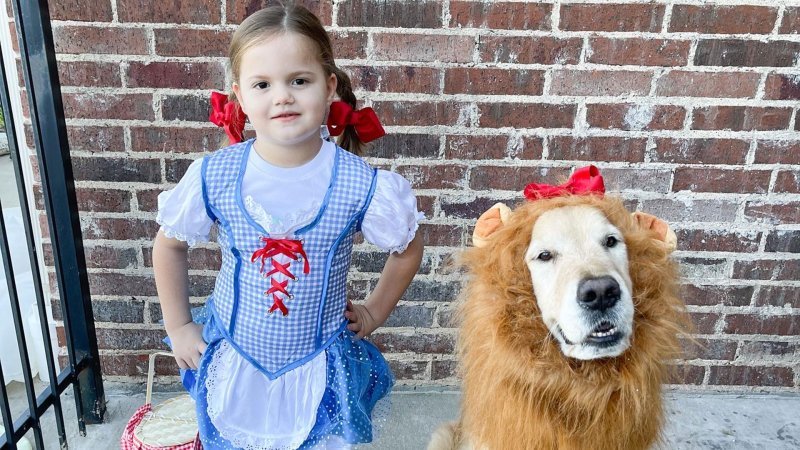 Your Costume and Halloween Decor Photos 2021