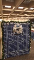 [UGCDFW-CJ-blue star]A Dallas Cowboys Christmas