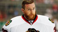 Hockey Player Helps Stranger in Need