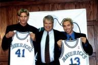 Dirk Officially Signs Contract with Mavs