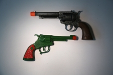 Retailers to Pay New York $300,000 in Toy Gun Settlement