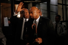 Cosby's Lawyers Try Again to Get Case Tossed