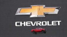 GM Shows Off New Silverado Pickup at TMS Event