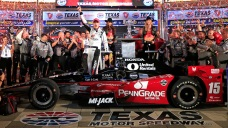 Rahal Makes Last-Lap Pass to Win IndyCar Race at Texas