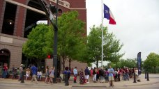 Thousands Line Up in Arlington for 'The Voice' Auditions