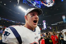 Patriots Tight End Rob Gronkowski Announces Retirement