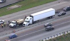 Crash Closes Southbound I-35E in Denton