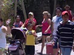 Big Crowds Swarm Zoo for $1 Specials