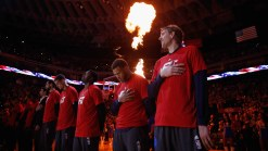 Nowitzki Vows to Finish Career With Mavs