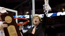 Basketball Coach Pat Summitt Dies at 64