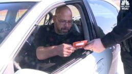 Cops Give Out Gift Cards Instead of Tickets